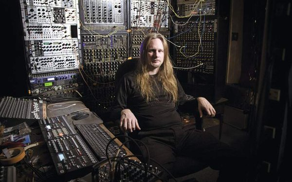 Venetian Snares wishes you happy Xmas with new Song