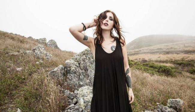 Hear a new track by the great ChelseaWolfe